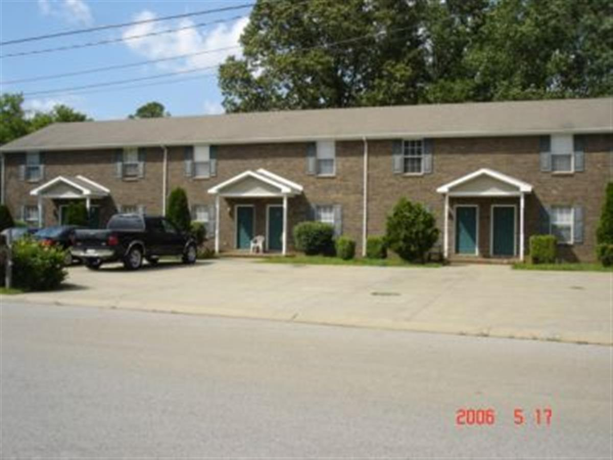 Baltimore Drive Townhomes Apartment In Clarksville Tn