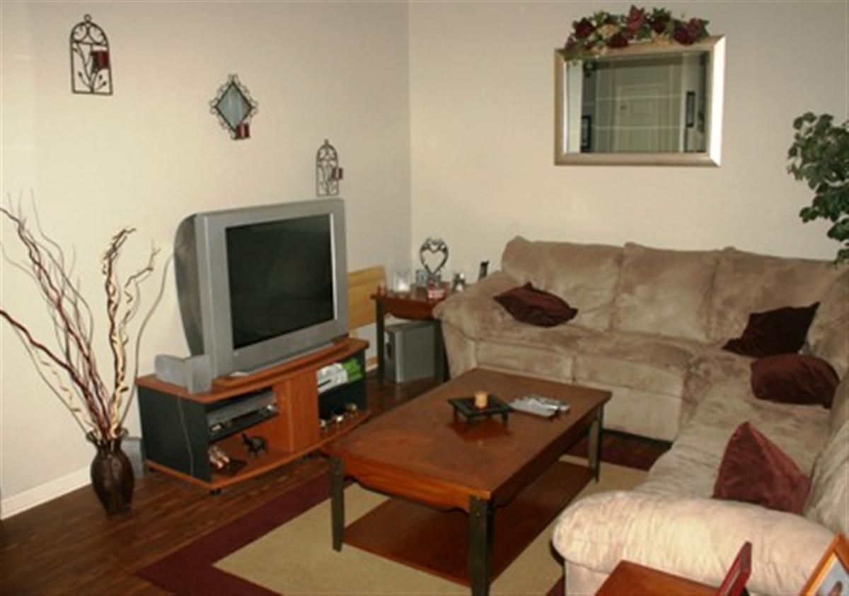 The Woodlands Apartments - Apartment in Fort Campbell, KY