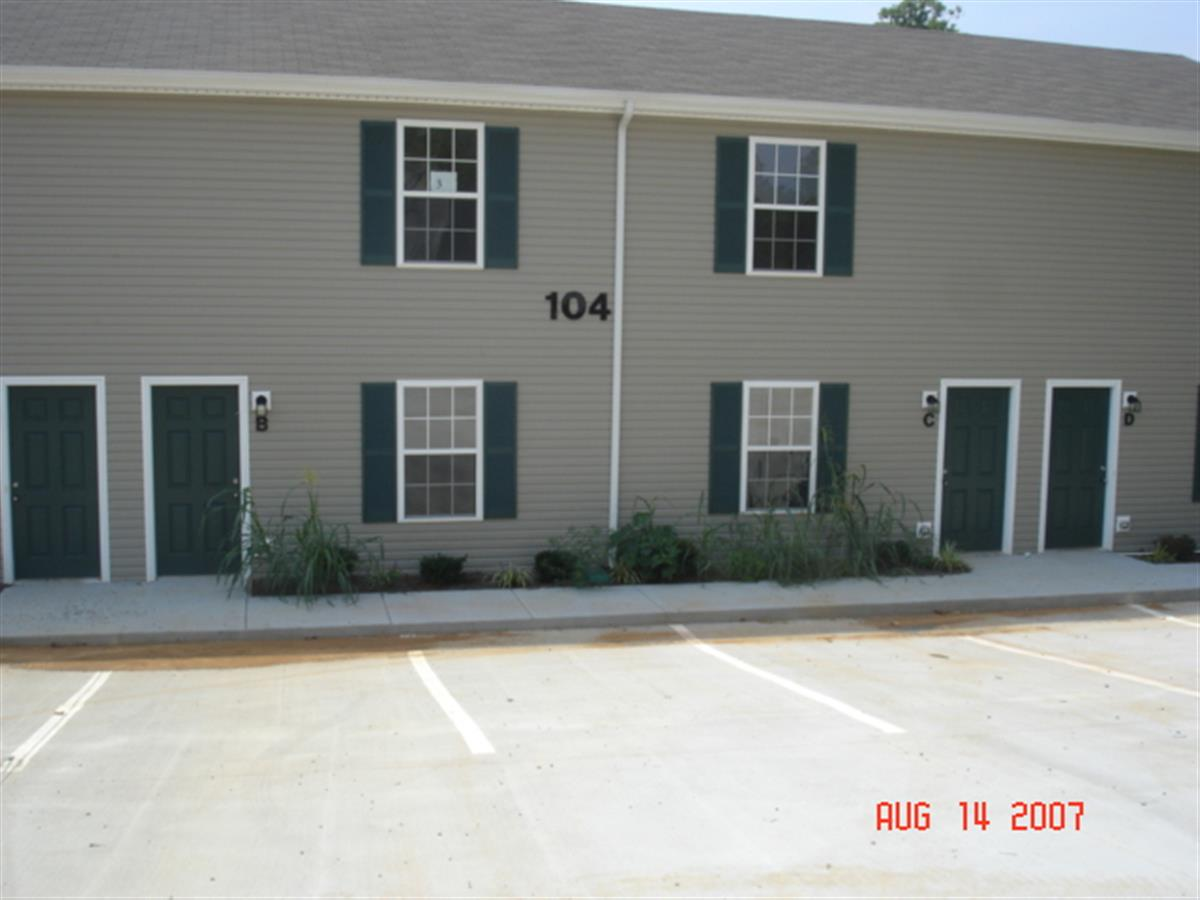 Thermal Court Townhomes Apartment In Clarksville Tn