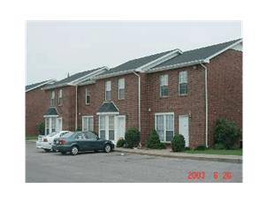 Dunbar Cave Apartments & Towhomes apartment in Clarksville, TN