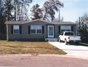 Spring Meadows apartment in Oak Grove, KY